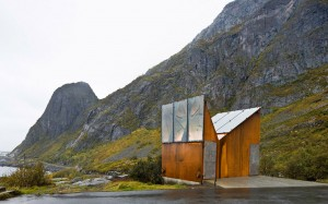 10_Akkarvik-Roadside-Restroom